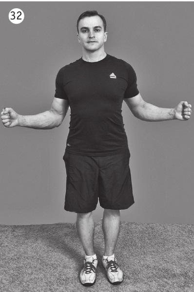 5 минут изометрических упражнений для тех, кто не отрывает попы от стула