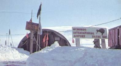 Год у американских полярников
